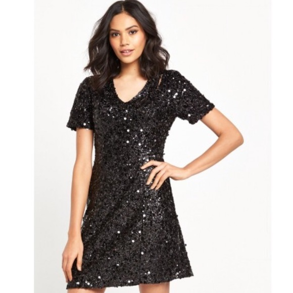 Warehouse Dresses Nwt Flippy Sequin Dress Poshmark
